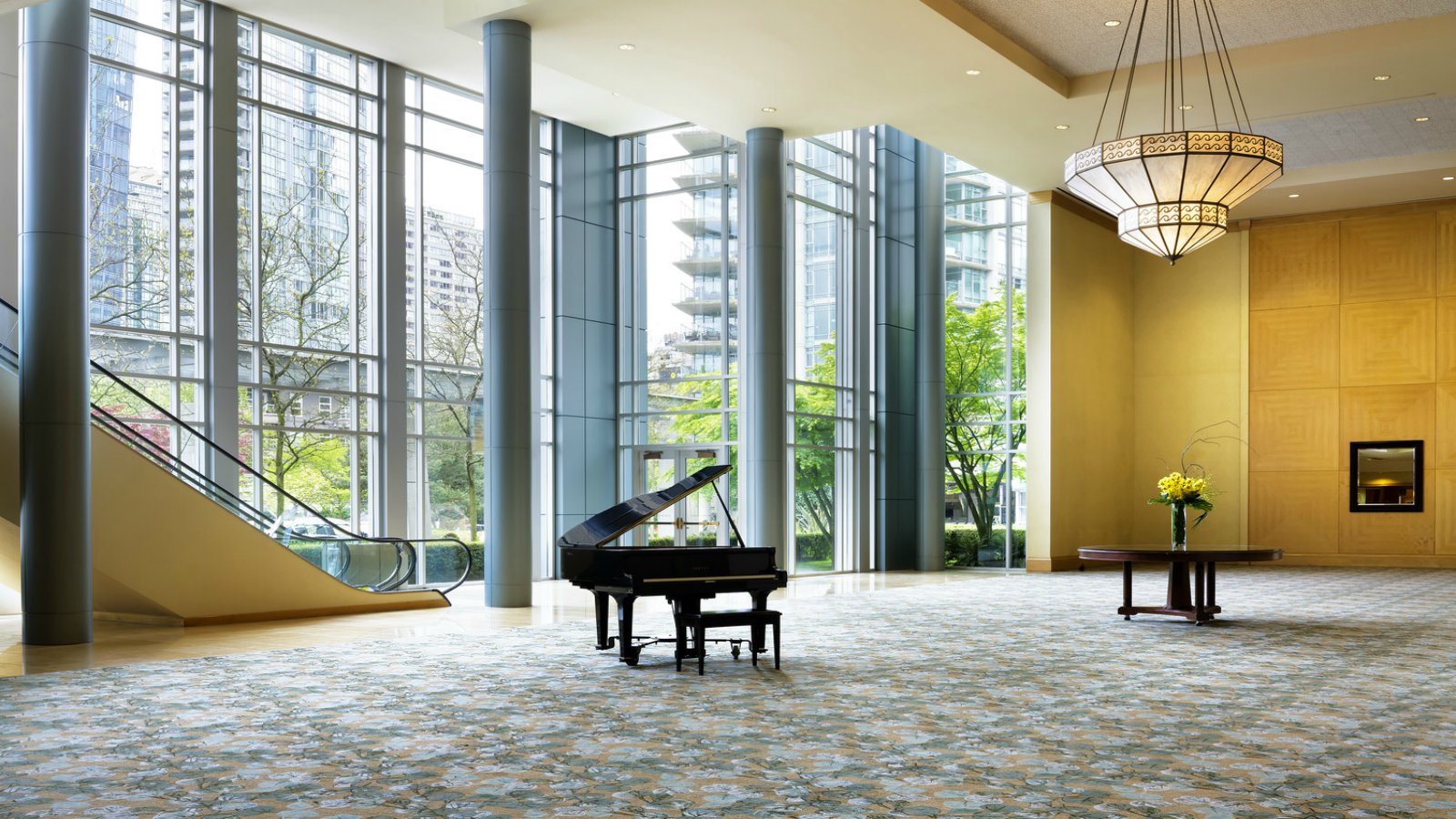 Grand Foyer Xl : Wedding venues vancouver the westin bayshore