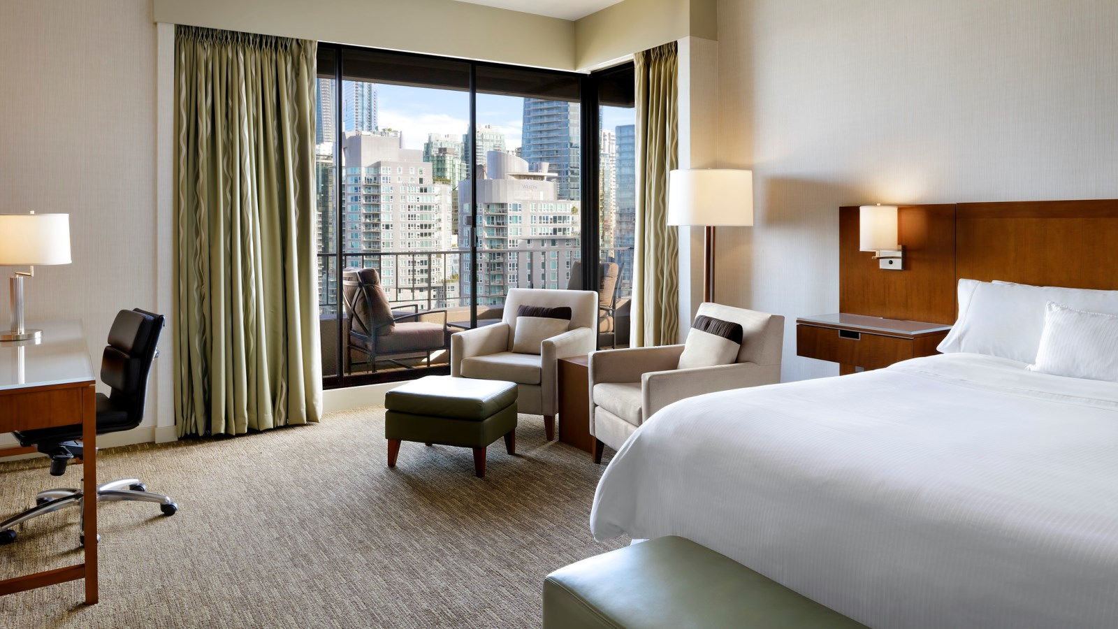Premium Tower Room