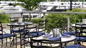 Vancouver Restaurants - Seawall Bar & Grill