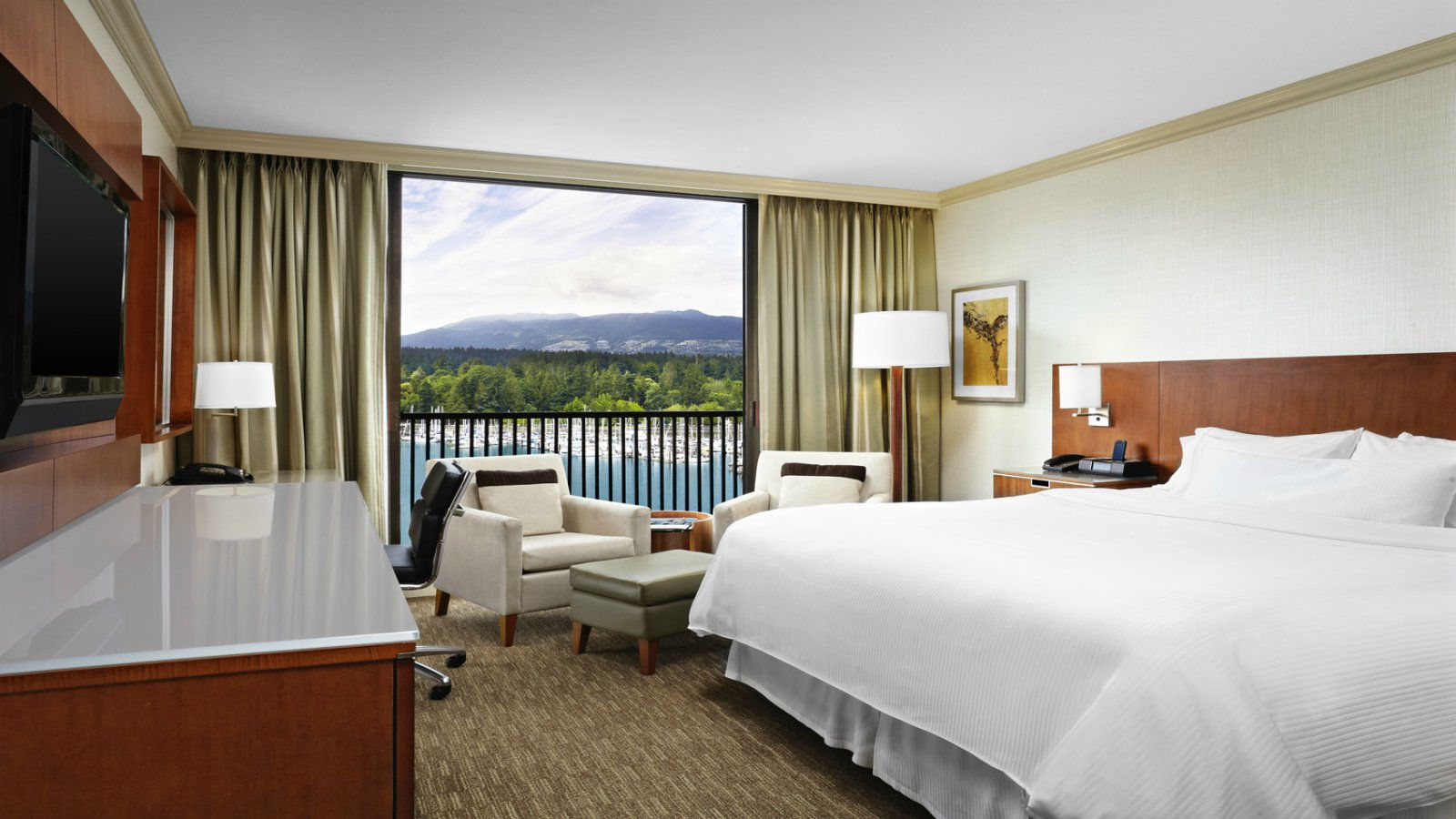 Exclusive Rates for Local Residents at The Westin Bayshore, Vancouver